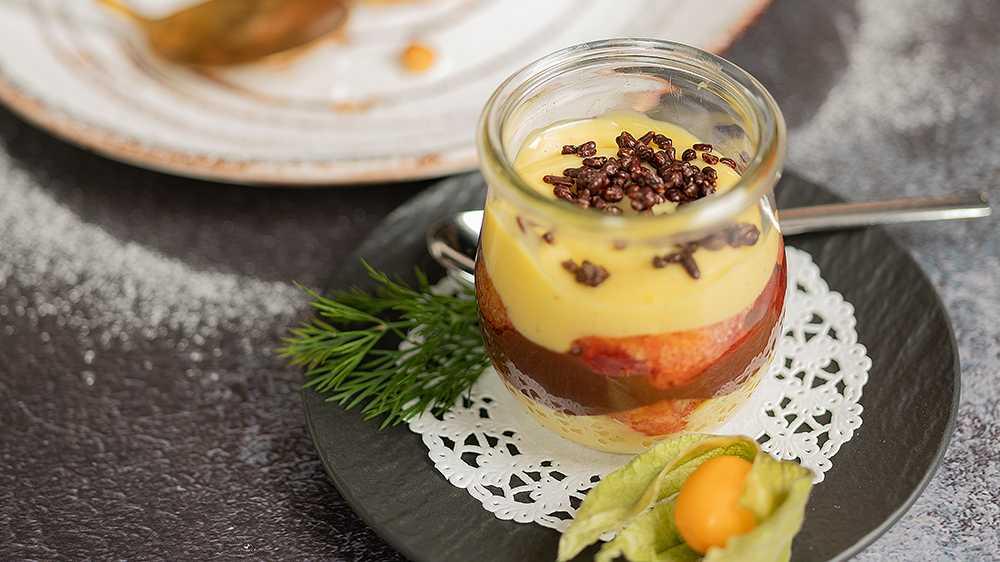 Dessert in einem Glas
