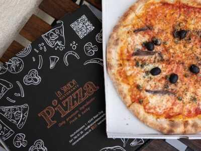 Hausgemachte Pizza von Ristorante La Strada